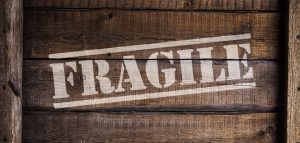 Full-service movers know how to handle fragile items carefully and efficiently