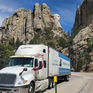dumbo long distance moving truck trailer