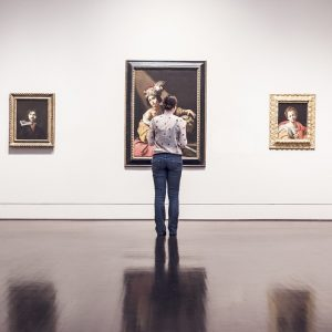 How to move fine art and antiques