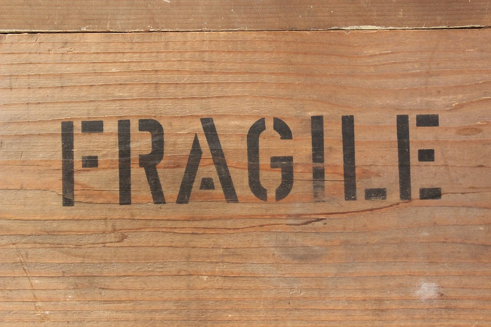 fragile sign on the wooden crate