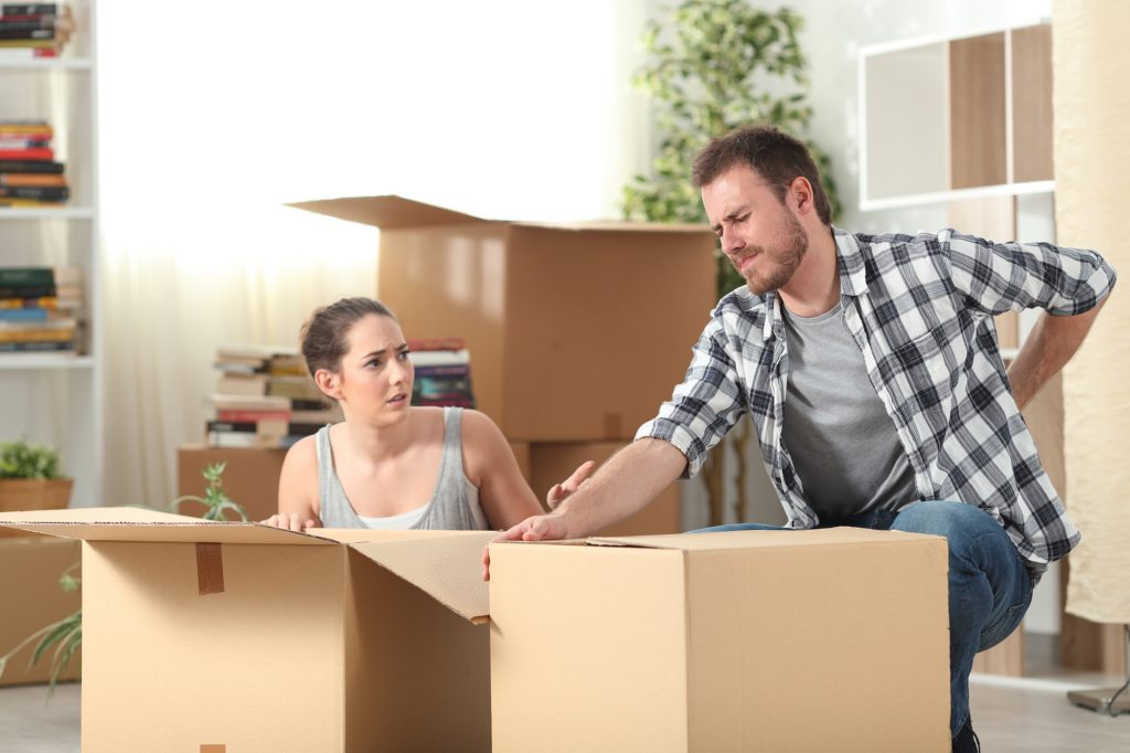 Learning How to Lift Heavy Boxes Correctly Can Help Avoid Injuries