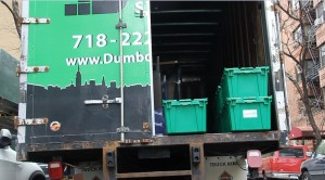 New York cheap movers. Dumbo Moving and Storage truck.